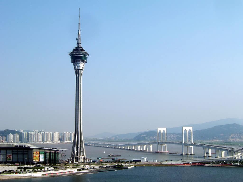 Η γέφυρα που συνδέει το Χονγκ Κονγκ με το Μακάο